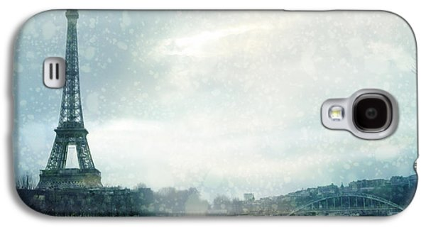 Paris Eiffel Tower Winter Snow - Paris In Winter - Paris Eiffel Tower Winter Fog Landscape Galaxy S4 Case by Kathy Fornal