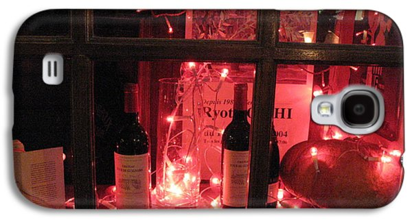 Paris Holiday Christmas Wine Window Display - Paris Red Holiday Wine Bottles Window Display  Galaxy S4 Case by Kathy Fornal