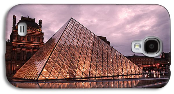 Louvre Galaxy S4 Case - Paris Louvre Museum Dusk Twilight Night Lights - Louvre Pyramid Triangle Night Lights Architecture  by Kathy Fornal