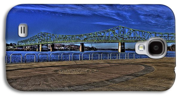 Galaxy S4 Case featuring the photograph Parkersburg Point Park by Jonny D