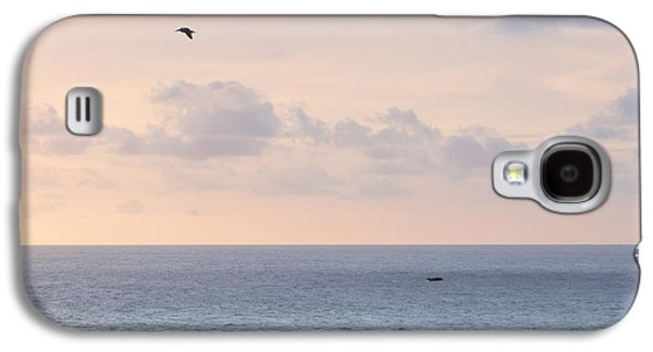 Pastel Sunset Sky At The Ocean Seascape With Flying Birds Photo Art Print Galaxy S4 Case by Ocean Photos