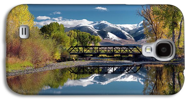 Perfect Autumn Day Galaxy S4 Case by Leland D Howard
