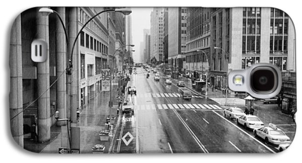 Galaxy S4 Case featuring the photograph Pershing View 42nd Street Nyc by Dave Beckerman