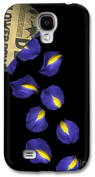 Petal Chips Galaxy S4 Case by Christian Slanec