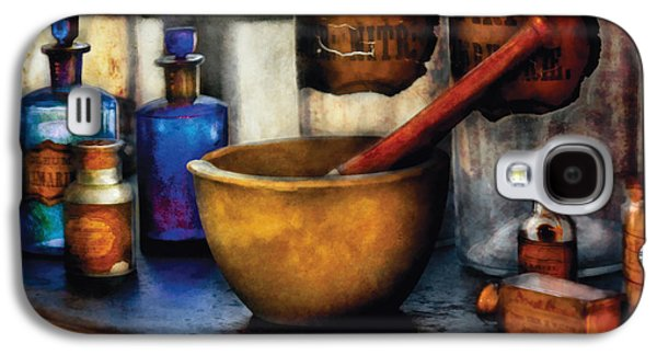 Wizard Galaxy S4 Case - Pharmacist - Mortar And Pestle by Mike Savad