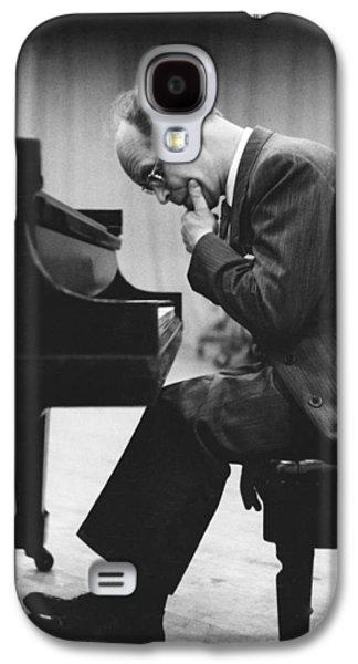 Pianist Rudolf Serkin Galaxy S4 Case by Underwood Archives