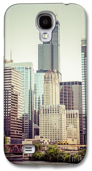 Picture Of Vintage Chicago With Sears Willis Tower Galaxy S4 Case by Paul Velgos