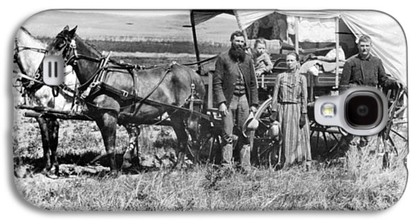 Pioneer Family And Wagon Galaxy S4 Case by Underwood Archives