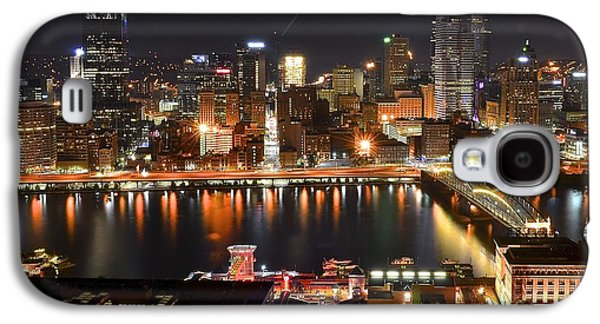 Pittsburgh Over The Monongahela Galaxy S4 Case by Frozen in Time Fine Art Photography