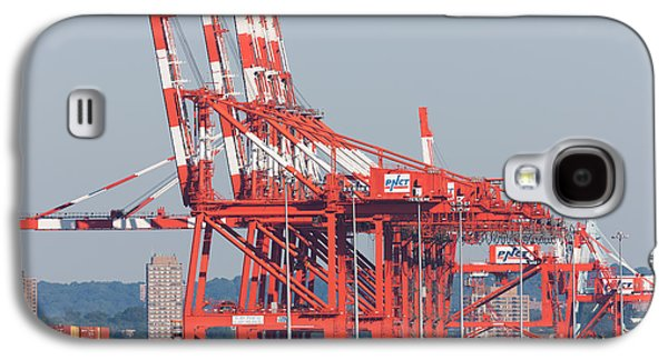 Pnct Facility In Port Newark-elizabeth Marine Terminal I Galaxy S4 Case by Clarence Holmes