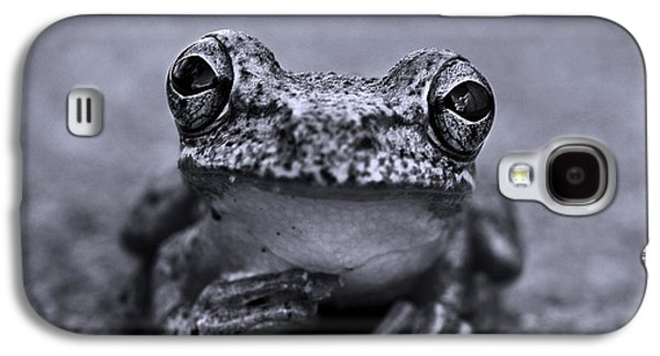 Frogs Galaxy S4 Case - Pondering Frog Bw by Laura Fasulo