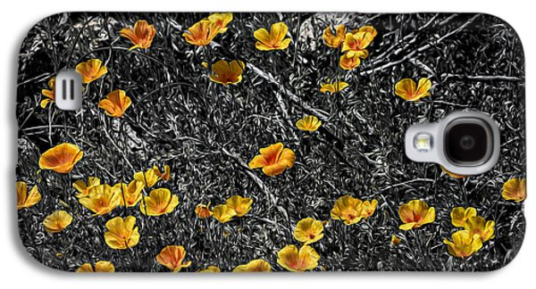 Galaxy S4 Case featuring the photograph Poppyflies by Mark Myhaver