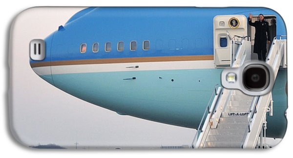 President Obama, Osan Air Base, Korea Galaxy S4 Case by Science Source