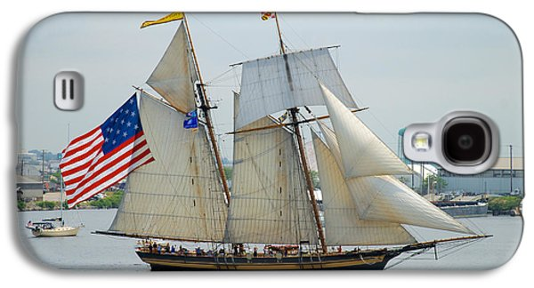Pride Of Baltimore II Passing By Fort Mchenry Galaxy S4 Case