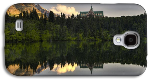 Prince Of Wales Reflection Galaxy S4 Case by Mark Kiver