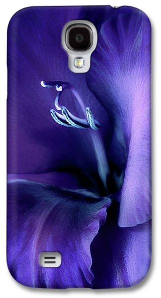 Purple Velvet Gladiolus Flower Galaxy S4 Case
