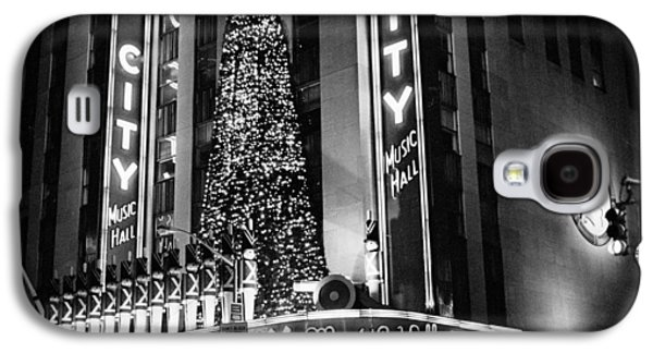 Galaxy S4 Case featuring the photograph Radio City New York by Dave Beckerman