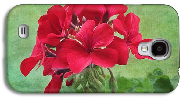 Red Geranium Flowers Galaxy S4 Case by Kim Hojnacki