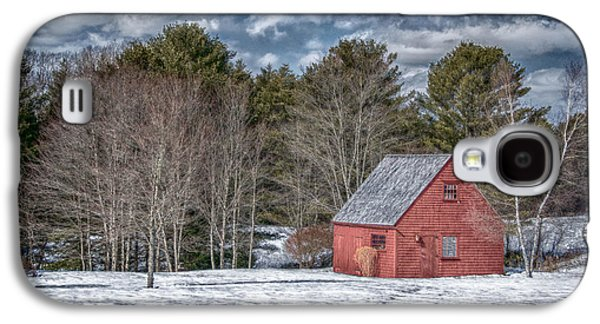 Red Shed In Maine Galaxy S4 Case by Guy Whiteley