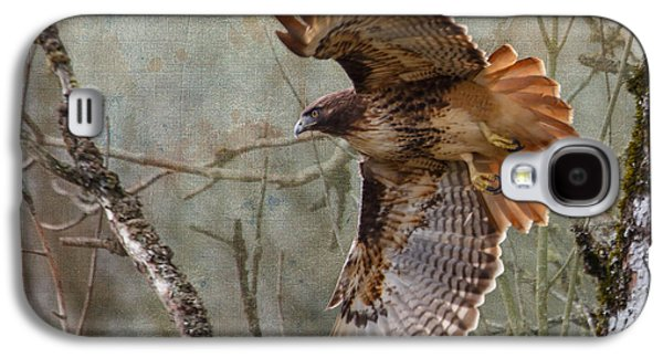 Red-tail Hawk In Flight Galaxy S4 Case by Angie Vogel