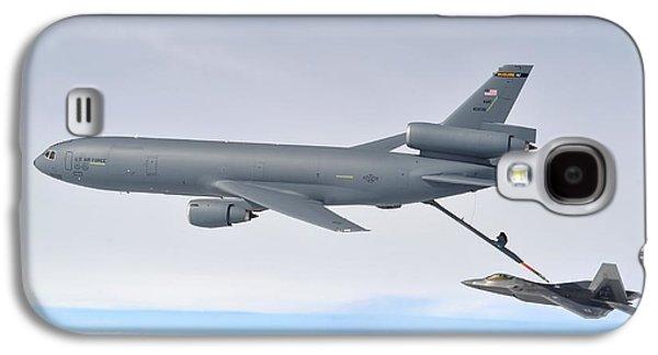 Refueling The F-22 Raptor Galaxy S4 Case