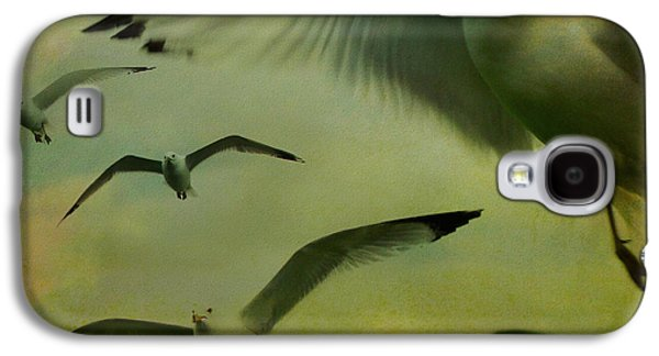 Retro Seagulls Galaxy S4 Case by Gothicrow Images