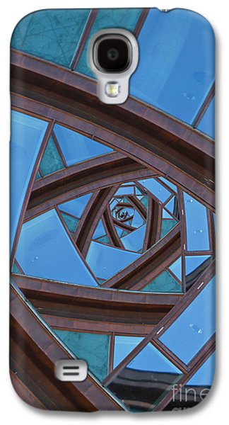 Revolving Blues. Galaxy S4 Case by Clare Bambers