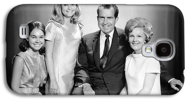 Richard Nixon And Family Galaxy S4 Case by Underwood Archives