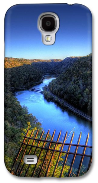 Galaxy S4 Case featuring the photograph River Through A Valley by Jonny D