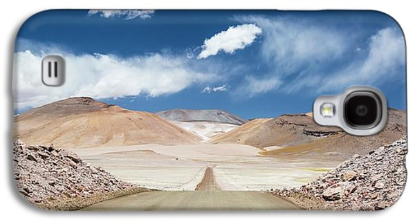 Road Across Atacama Desert Galaxy S4 Case by Peter J. Raymond