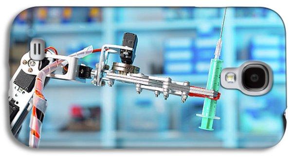 Robotic Equipment Holding Syringe In Lab Galaxy S4 Case by Wladimir Bulgar