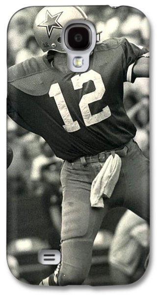 Roger Staubach Vintage Nfl Poster Galaxy S4 Case by Gianfranco Weiss