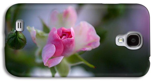Rose Emergent Galaxy S4 Case