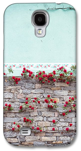 Roses On A Wall Galaxy S4 Case by Silvia Ganora