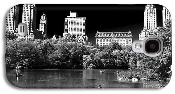 Rowing In Central Park Galaxy S4 Case