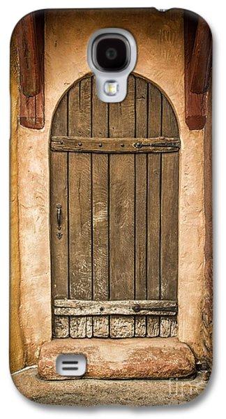 Rural Arch Door Galaxy S4 Case by Carlos Caetano