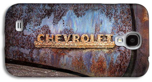 Rusty Chevrolet - Nameplate - Old Chevy Sign Galaxy S4 Case by Gary Heller