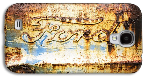 Rusty Old Ford Closeup Galaxy S4 Case by Edward Fielding