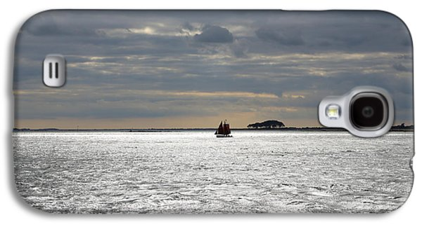 Sailing On A Cloudy Evening Galaxy S4 Case