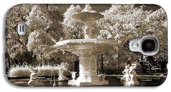 Savannah Georgia Fountain - Forsyth Fountain - Infrared Sepia Landscape Galaxy S4 Case