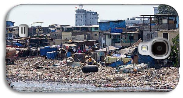 Slum In Colaba Galaxy S4 Case by Mark Williamson