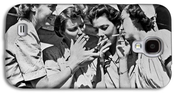 Smoking Army Nurses Galaxy S4 Case by Underwood Archives
