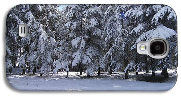 Snow Galaxy S4 Case by Boultifat Abdelhak badou