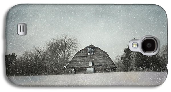 Snowing At The Old Barn Galaxy S4 Case by Jai Johnson