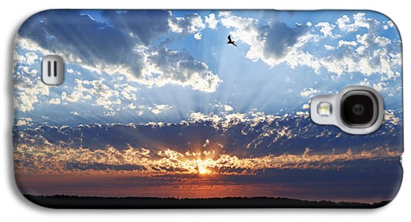 Galaxy S4 Case featuring the photograph Soaring Sunset by Anthony Baatz