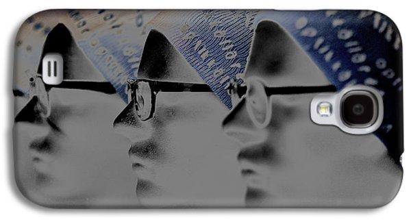 Spec Glasses  Galaxy S4 Case by Tommytechno Sweden