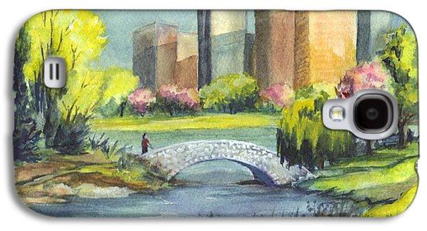 Spring  In Central Park N Y C  Galaxy S4 Case by Carol Wisniewski