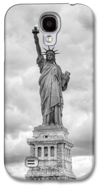 Galaxy S4 Case featuring the photograph Statue Of Liberty Full by Dave Beckerman
