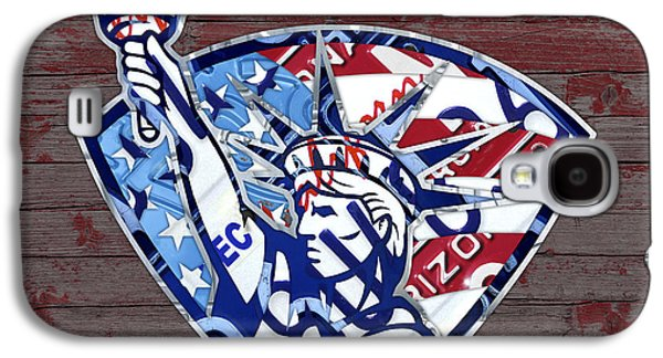 Statue Of Liberty On Stars And Stripes Flag Wood Background Recycled Vintage License Plate Art Galaxy S4 Case
