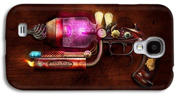 Steampunk - Gun -the Neuralizer Galaxy S4 Case